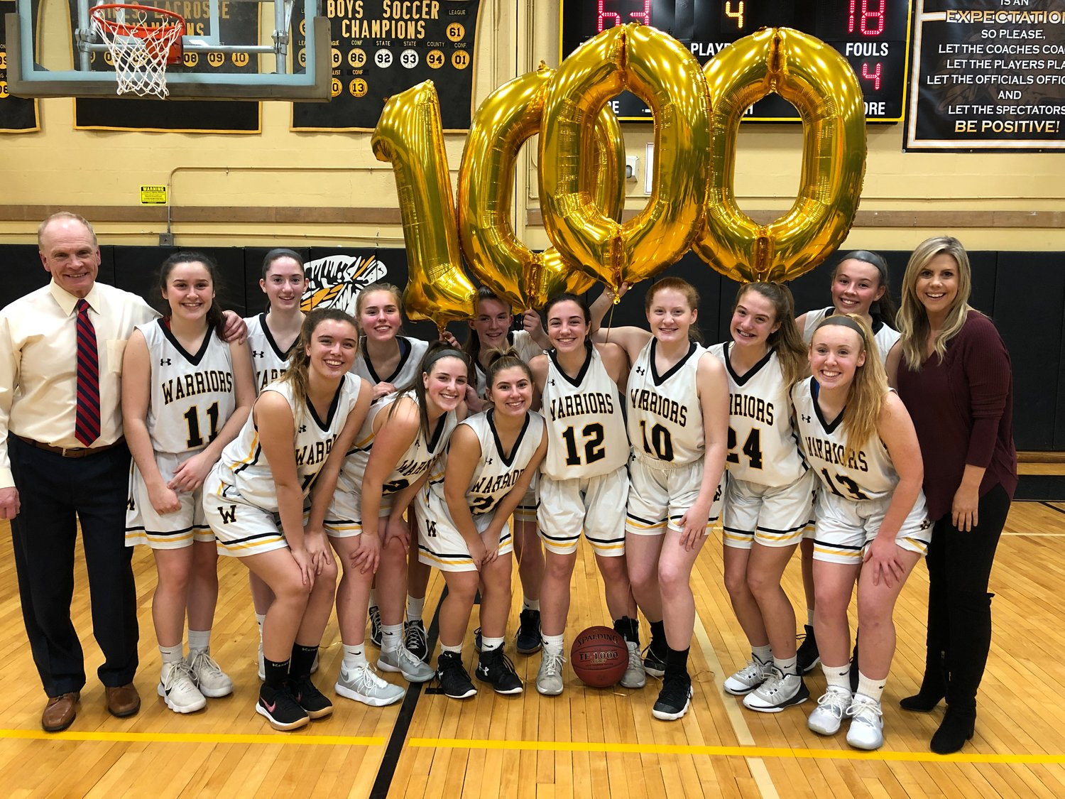 Wantagh High School senior Caitlin Albanese scored her 1,000th point during a home game on Jan. 29.