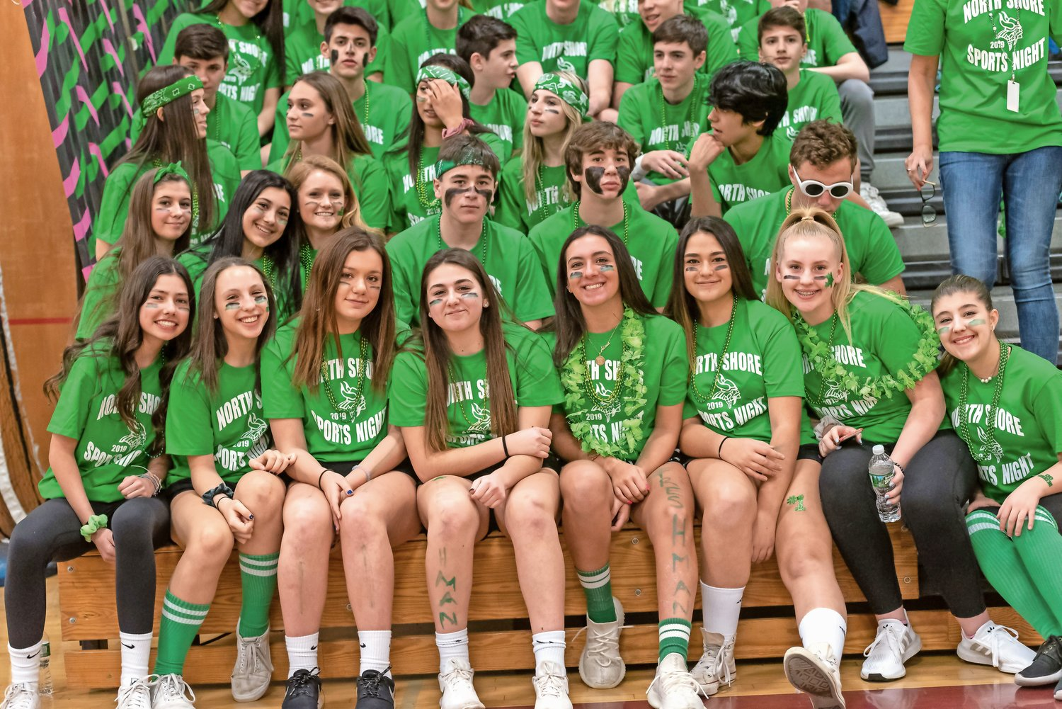 The freshmen class wore green to show their spirit.