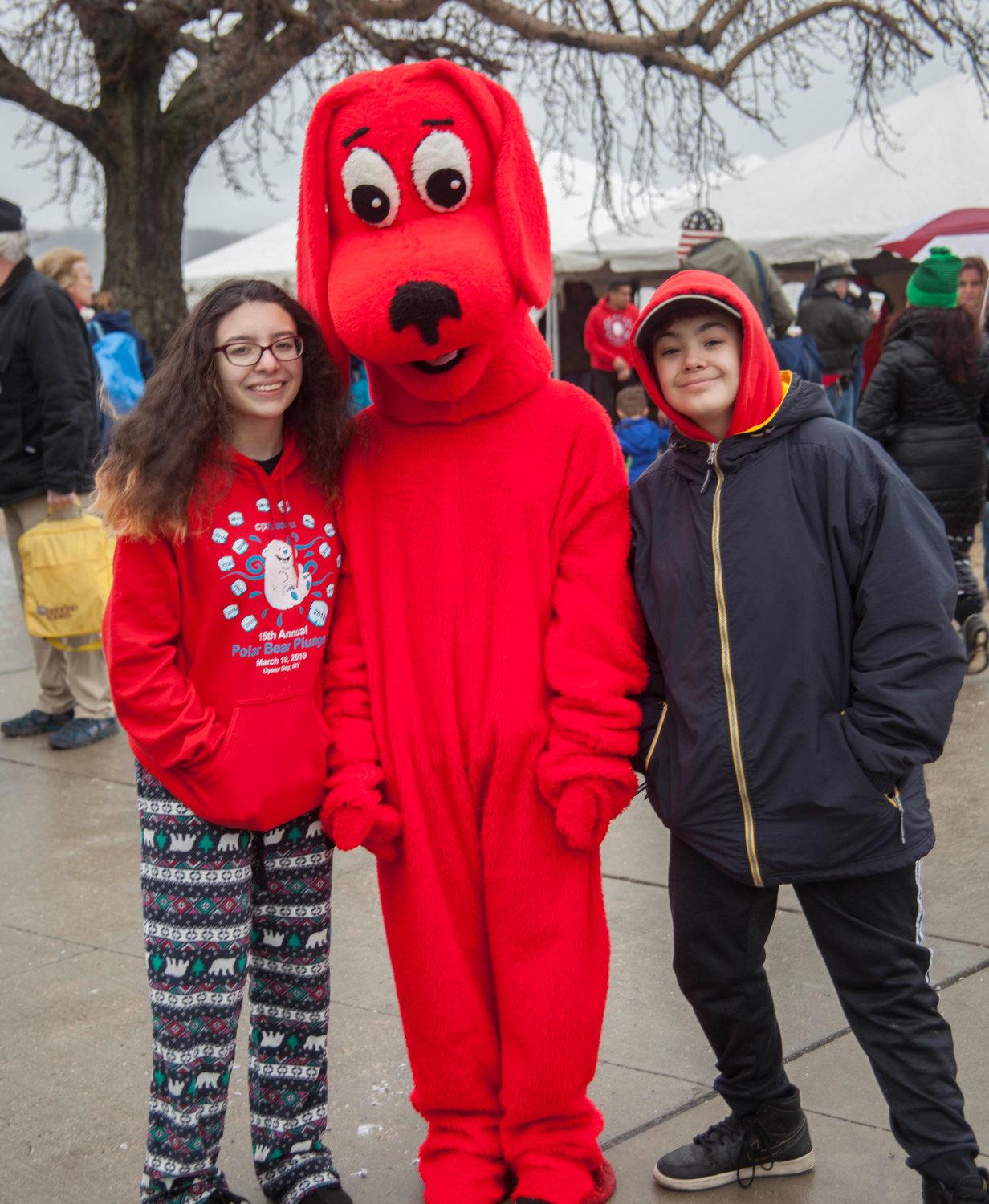 Amelia and Jay Tisk hung out with Clifford the Big Red Dog, who was there to entertain.