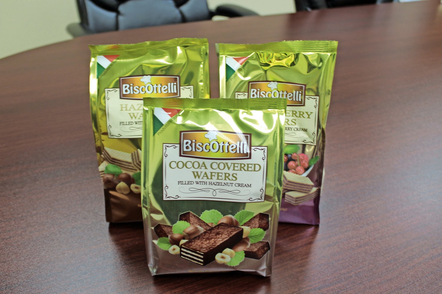 Biscotelli wafers come in cocoa, mixed berry and hazelnut flavors, just to name a few.
