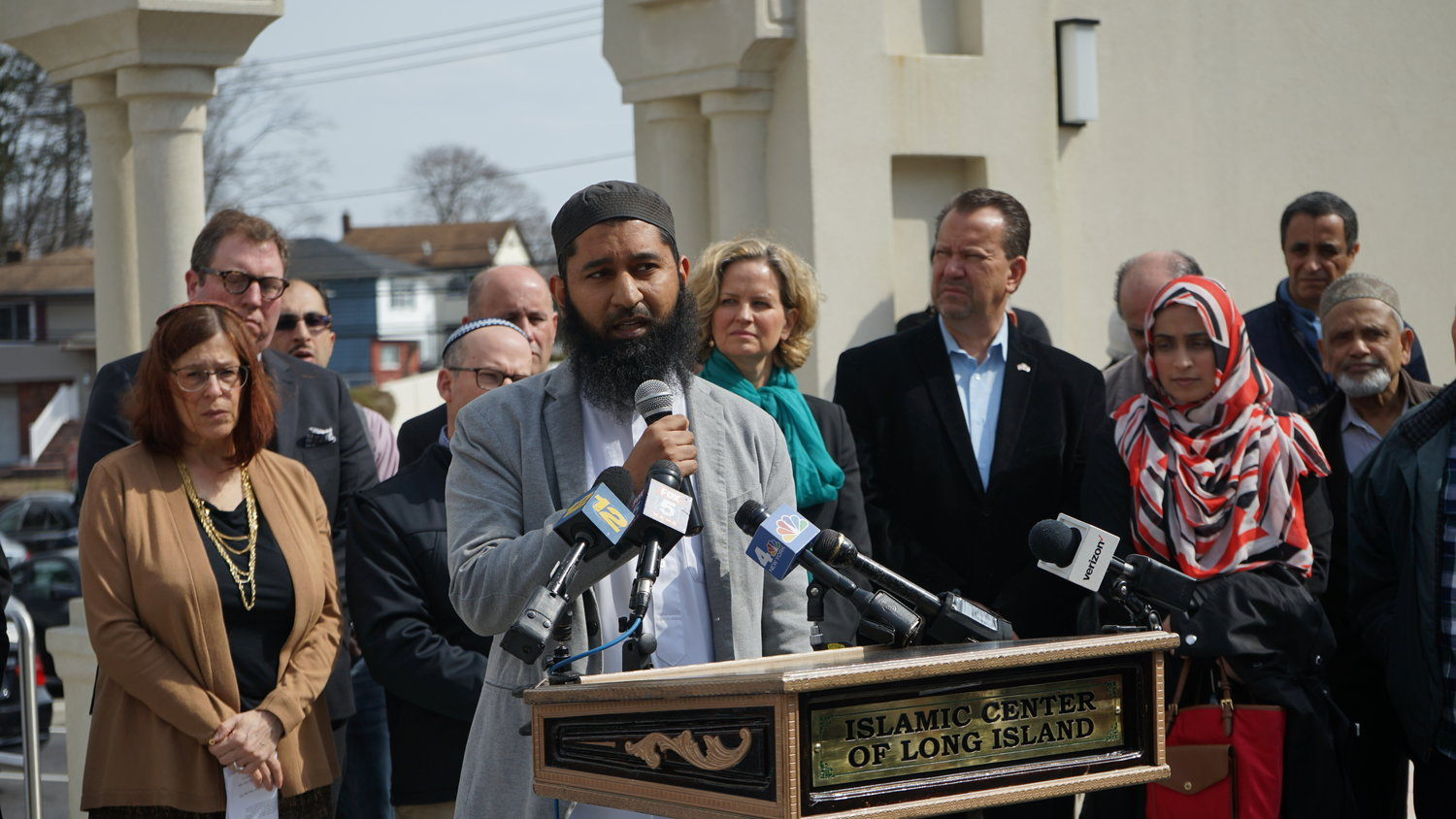 "Imam Ibad Wali of the Hillside Islamic Center in New Hyde Park made it clear that hatred knows no creed. ""No religion promotes hate, no religion promotes the taking of innocent lives,"" he said."