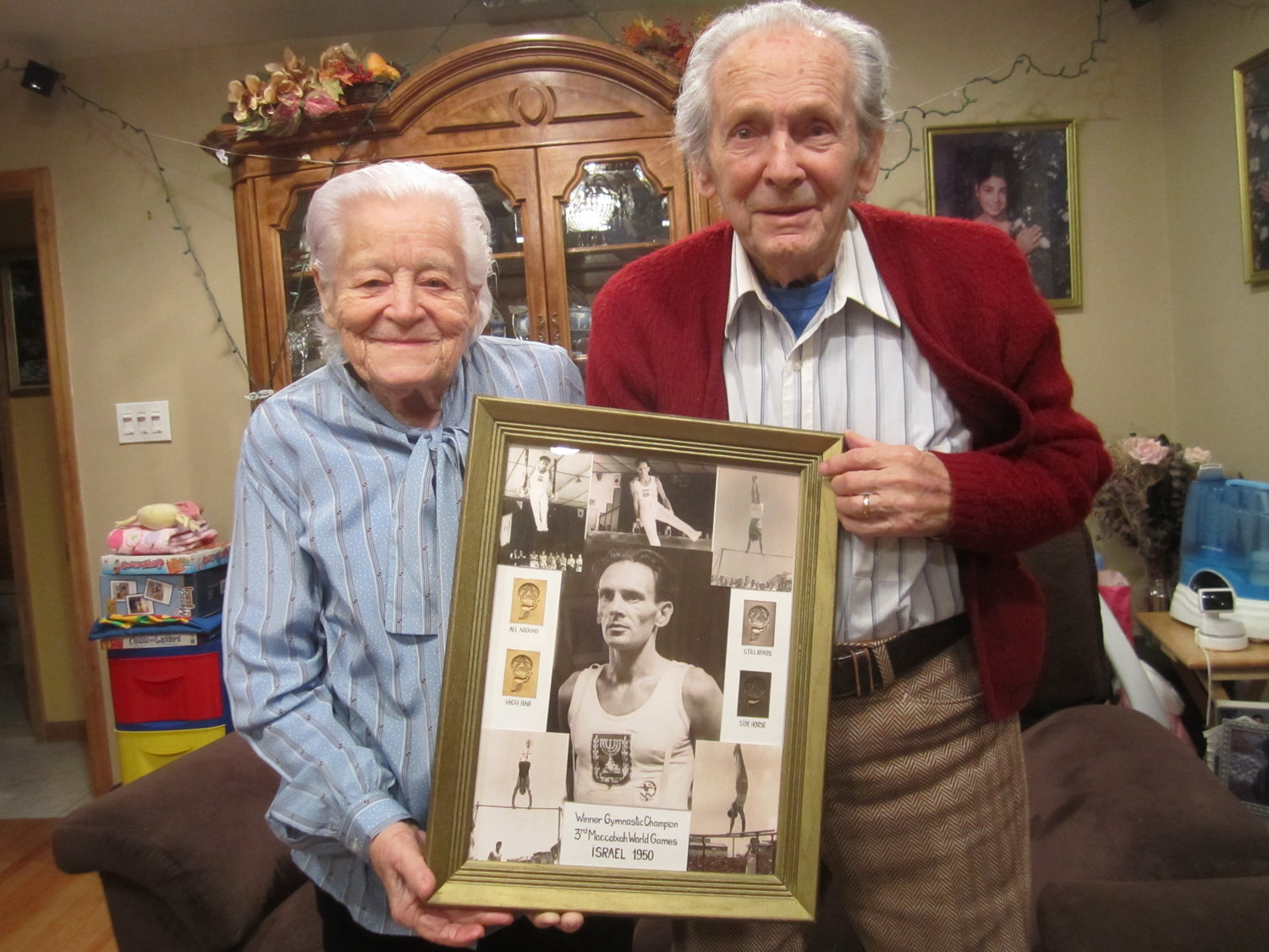 At their Merrick home, Walter Schacherl and his wife, Ryfka, proudly displayed photos of Walter competing in the 1950 Maccabiah Games — the first incarnation of the Olympics-style event after Israel was founded.