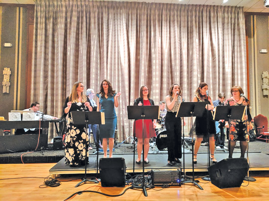 Members of Schleppenwolf & Co. performed at last year's Cabaret Night at Temple Avodah. This year marked the sixth annual event.