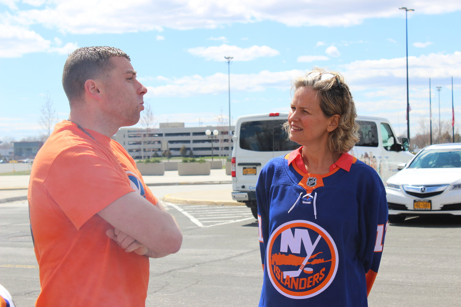 Before the New York Islanders played their first Stanley Cup playoff game at Nassau Coliseum, Nassau County Executive Laura Curran greeted tailgating fans like Louis Monteleone.