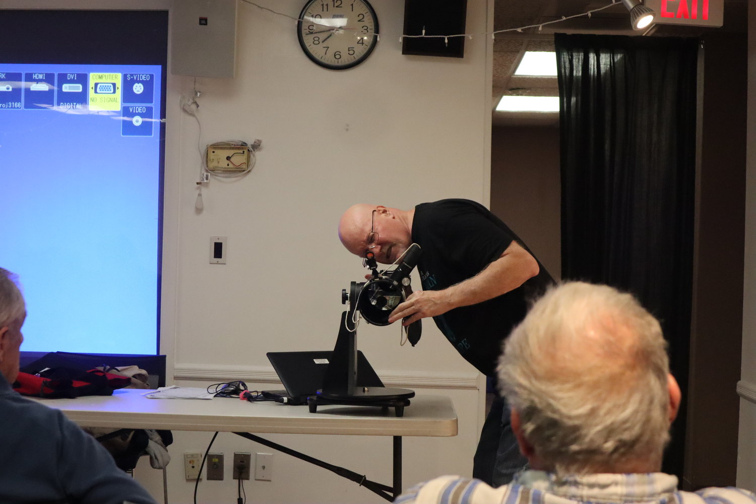 Tom Lynch, an astronomy enthusiast, helped bring the new equipment to the library. On April 15, he went over telescope basics.