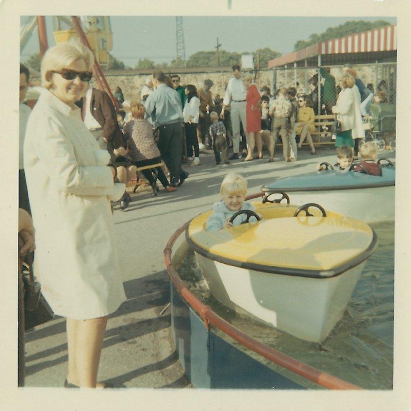 Lisa Umansky, 56 ans maintenant, a conduit un bateau chez Nunley en 1967, sous la supervision de sa mère, Hjordis Gundersen.