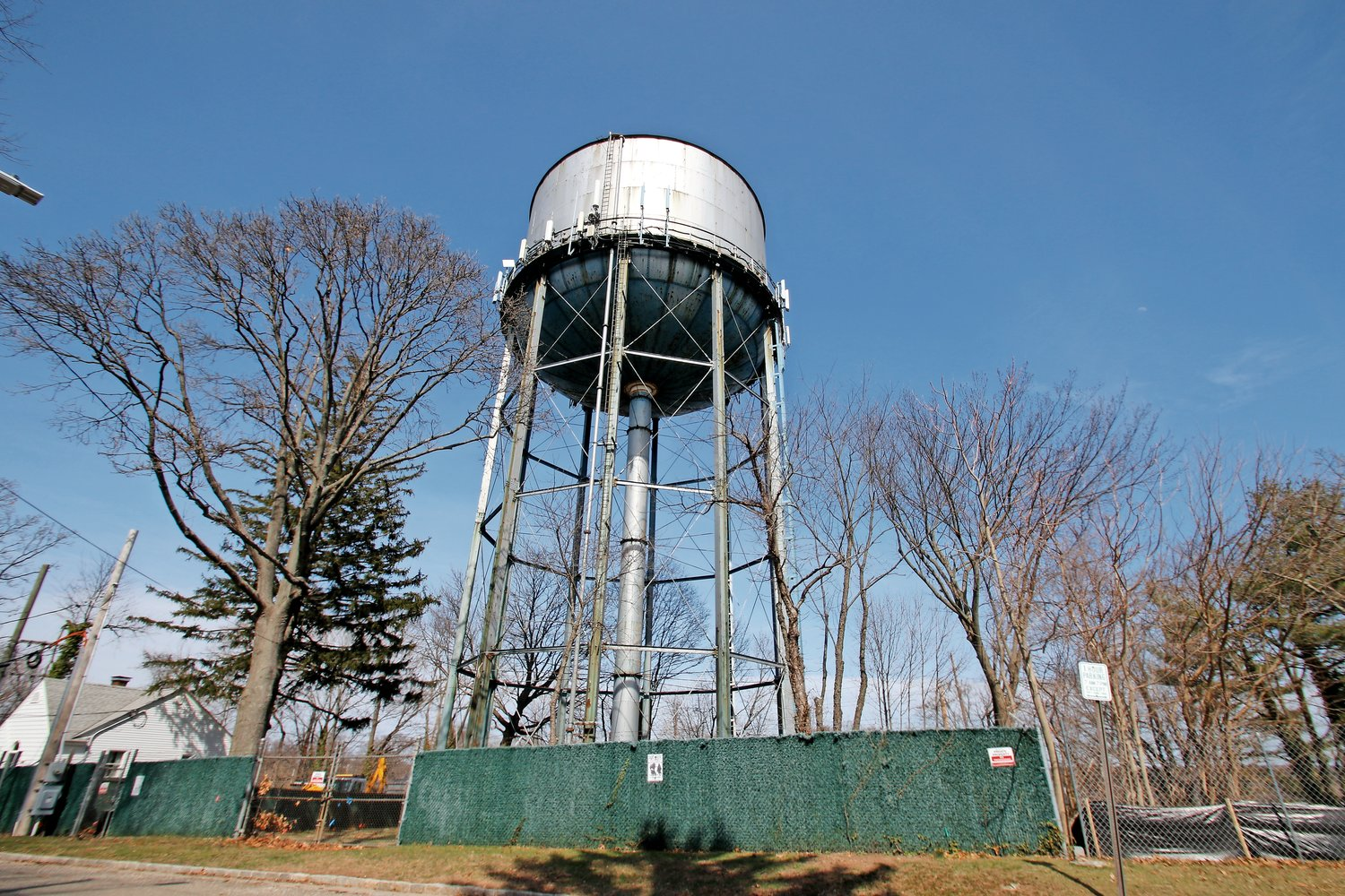 Work to replace the New York American Water tank on Dumond Place is set to begin later this month