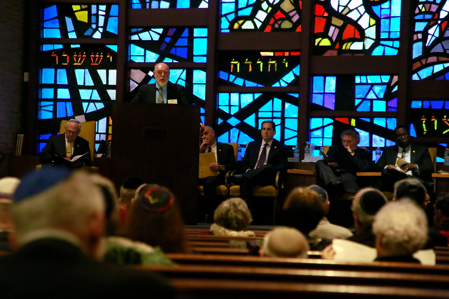 Rabbi Art Vernon, spiritual leader of Congregation Shaaray Shalom, spoke about the importance of reflecting on anniversaries such as the 80th anniversary of the start of World War II. He said doing so helps people gain perspective.