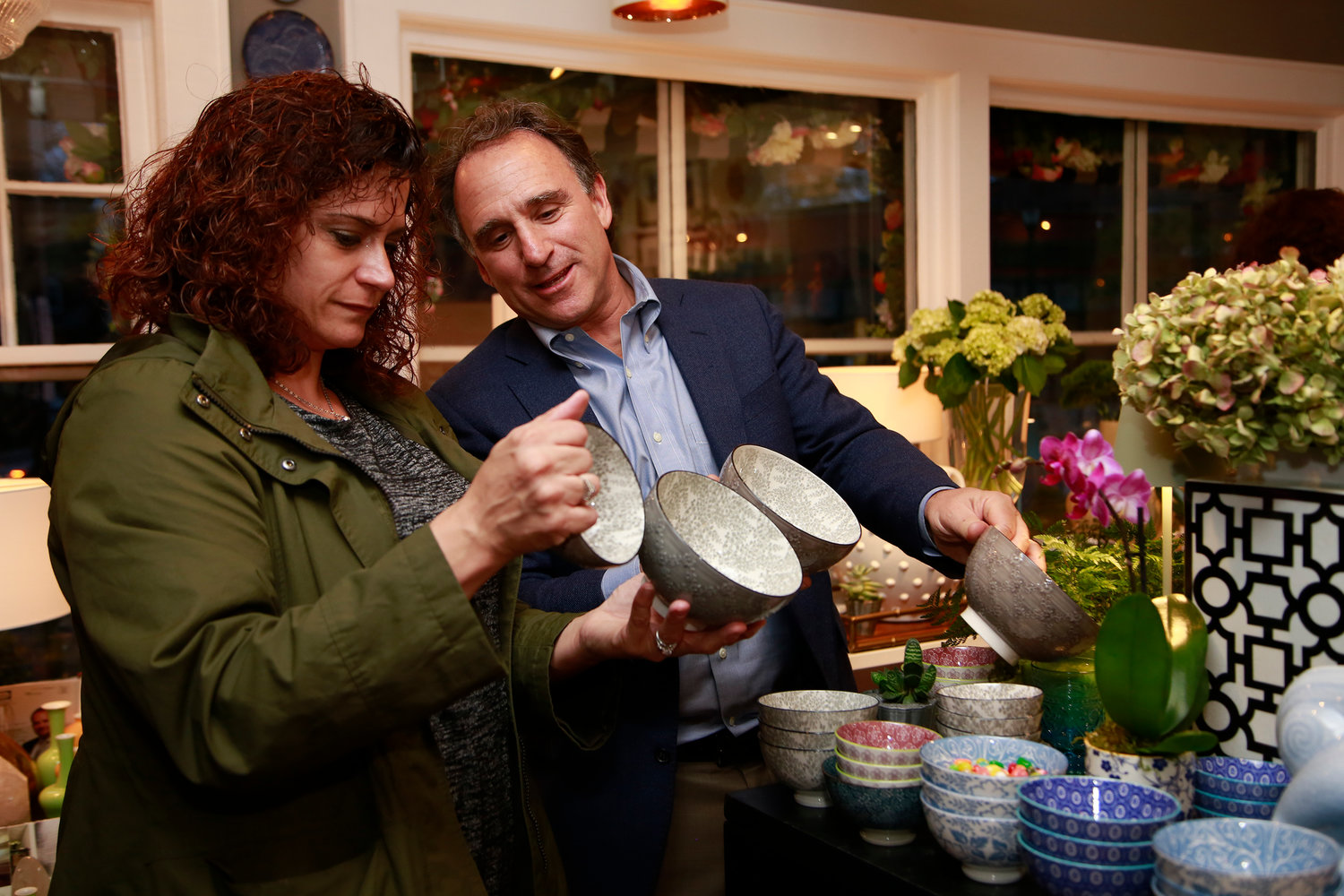 Heather Zwillich checked out some Zafferano bowls with Zefferano America President Barrett Gross.