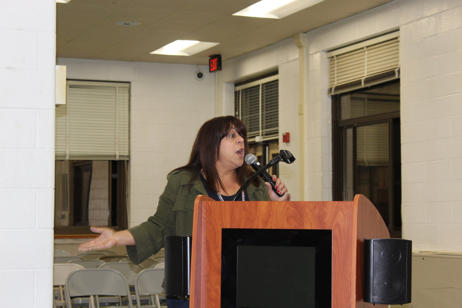 Lori D'Andrea expressed her frustrations with the board at the May 14 meeting.