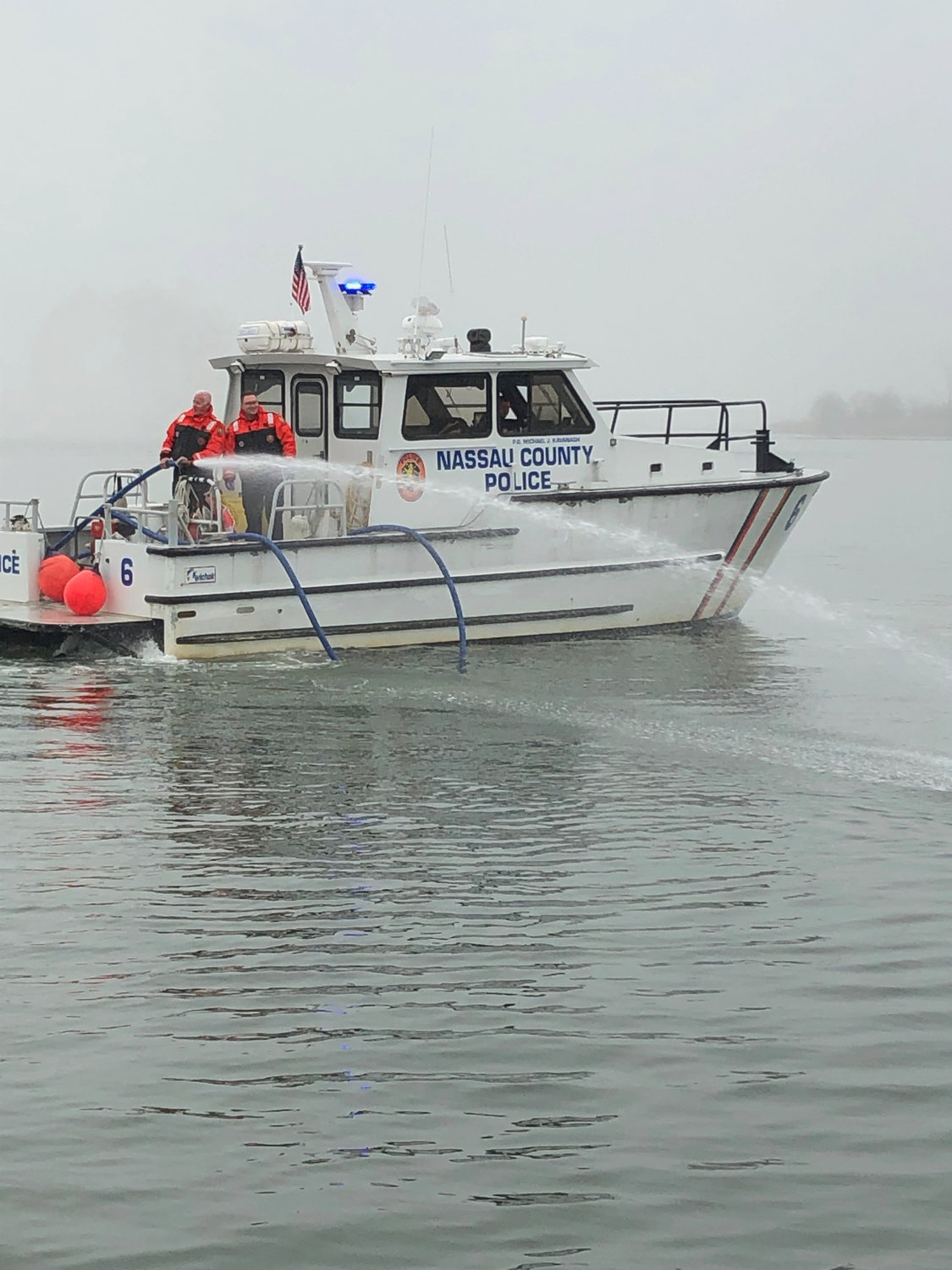 The Nassau County Police Marine Bureau showed the scouts the ropes.