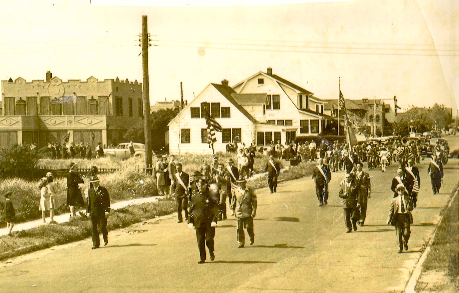 Pictured above is the Memorial Day Parade in 1939 at the corner of Grand Boulevard and Beech Street.