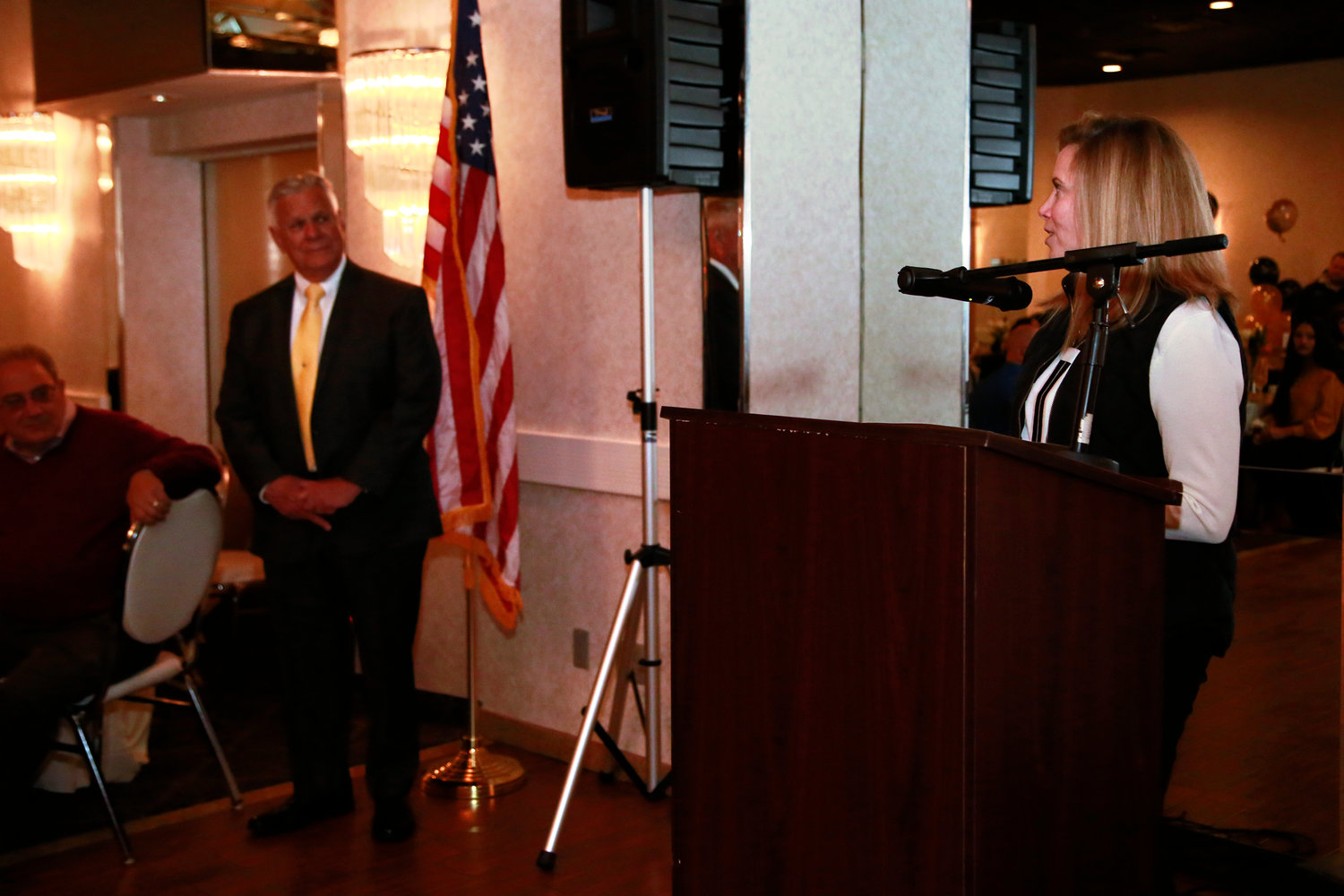 Town Supervisor Laura Gillen thanked Kemnitzer for his years of service to the organization.