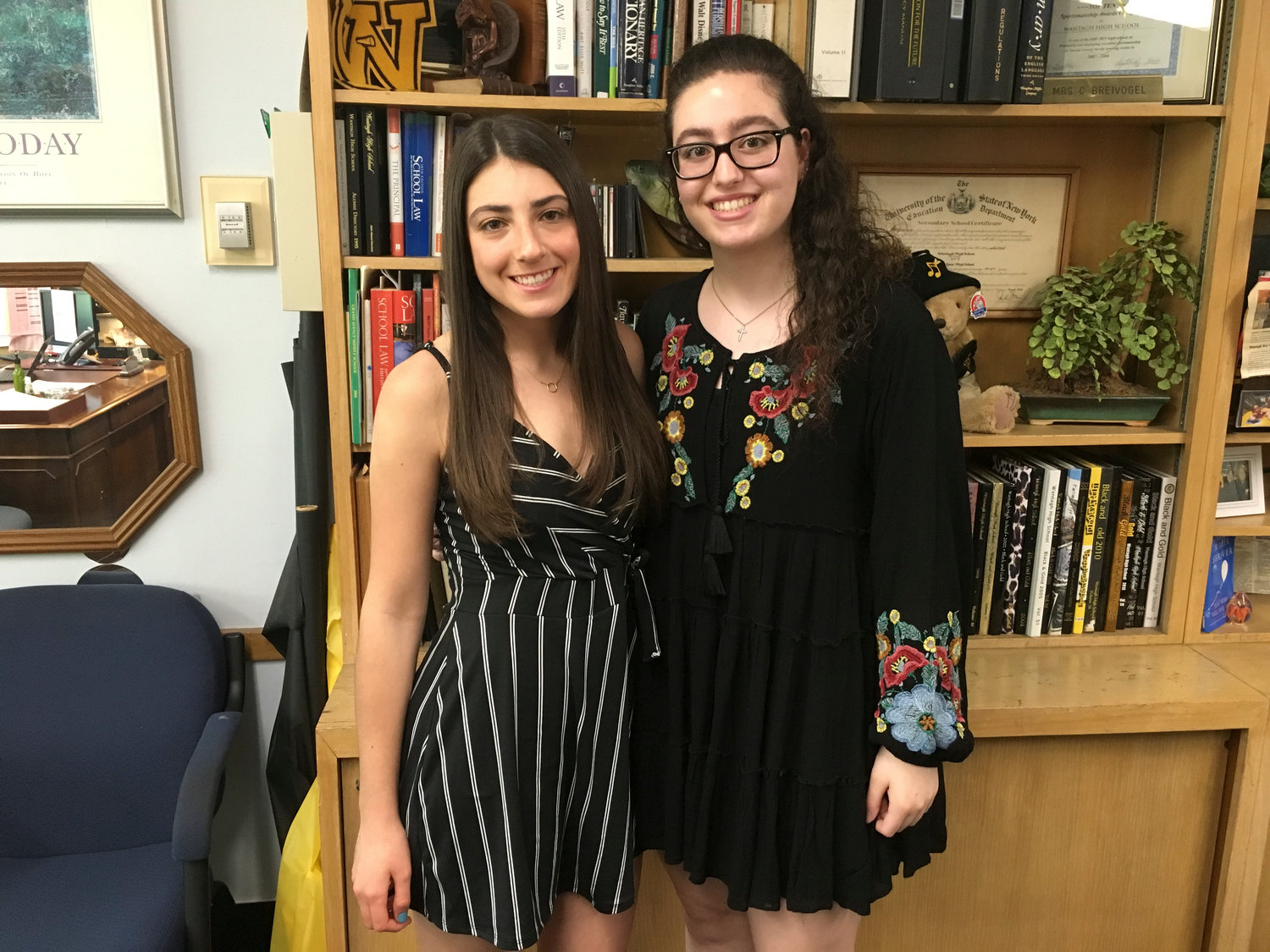 Seniors Samantha Minars, left, and Andriana Patmanidis are the Wantagh High School Class of 2019 valedictorian and salutatorian.