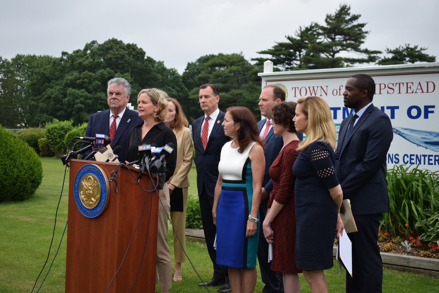 Local and federal elected officials and environmental advocates urged the Environmental Protection Agency to set standards for emerging contaminants in Long Islands water supply. At the lectern was Nassau County Executive Laura Curran.