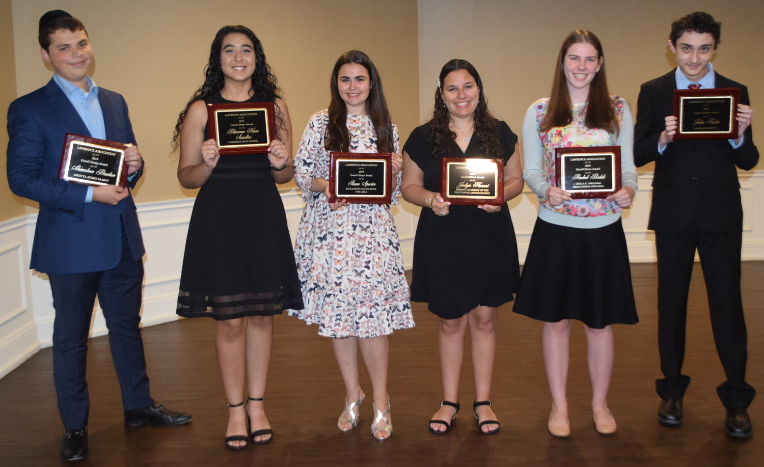 Good Citizenship awards were given to local high school students by the Lawrence Association on June 11. From left were Shimshon Brecher, Bhawan Kaur Sandhu, Ilana Spector, Jadyn Harari, Rachel Bodek and Jake Fuchs. Not picture, Yishai Attias.