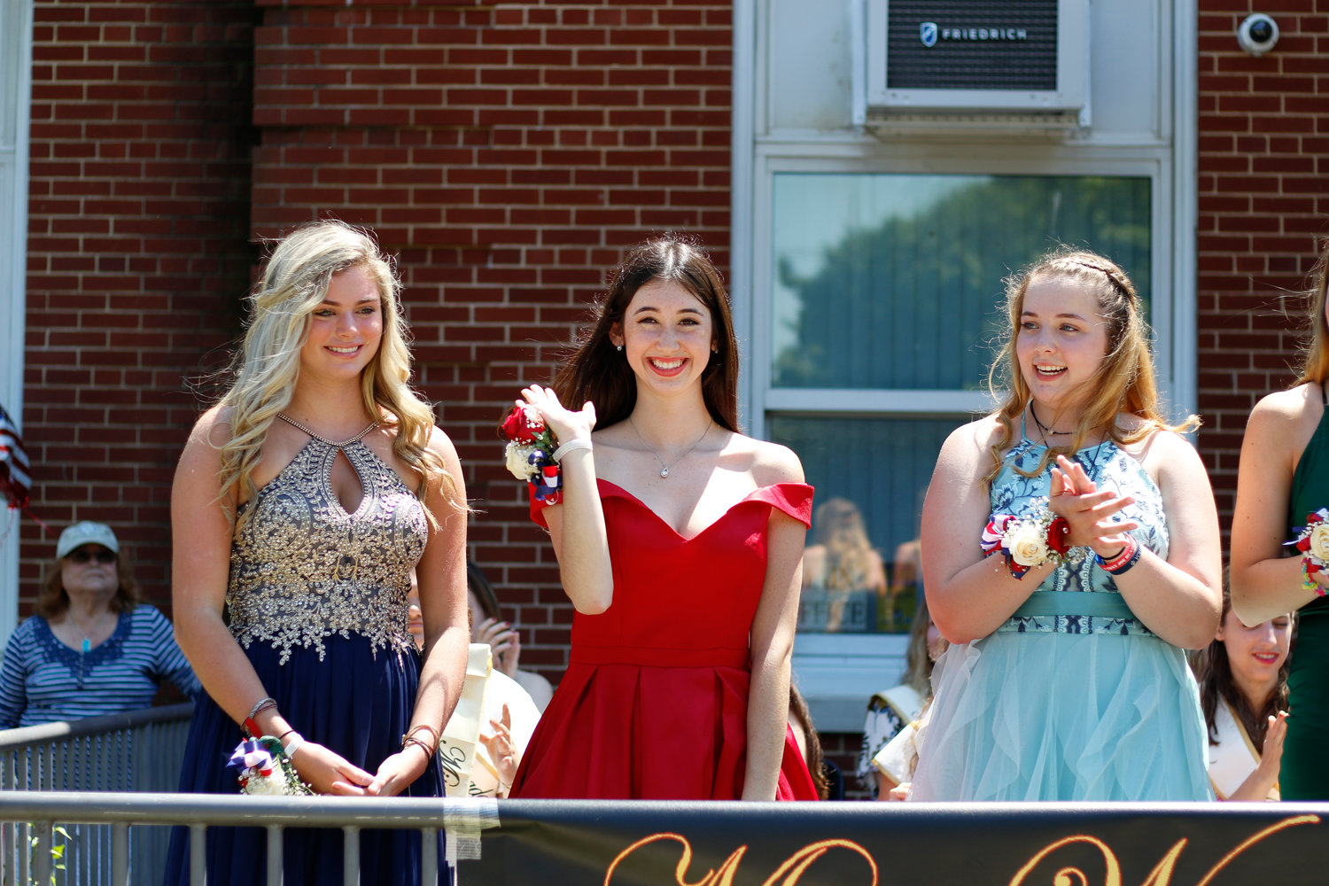 Juliet Watstein, center, with first runner-up Grace Mansari, left, and second runner-up Erin Cunnane.