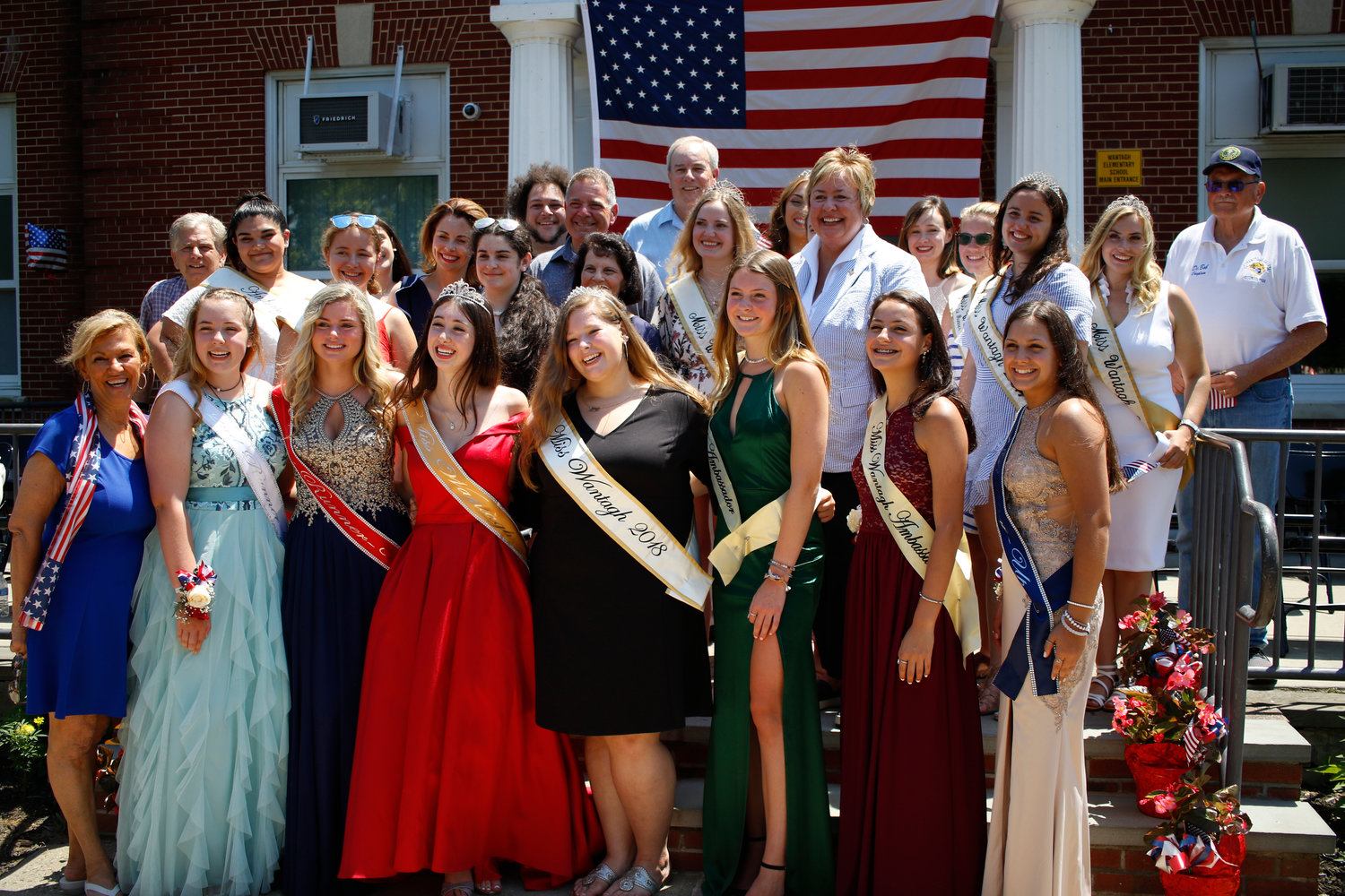 2018 Miss Wantagh Ashley Bailey surrounded by the 2019 Miss Wantagh court, former winners and pageant organizers.