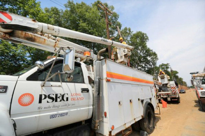 PSEG recently announced that it would replace utility poles and wires in Franklin Square and West Hempstead.