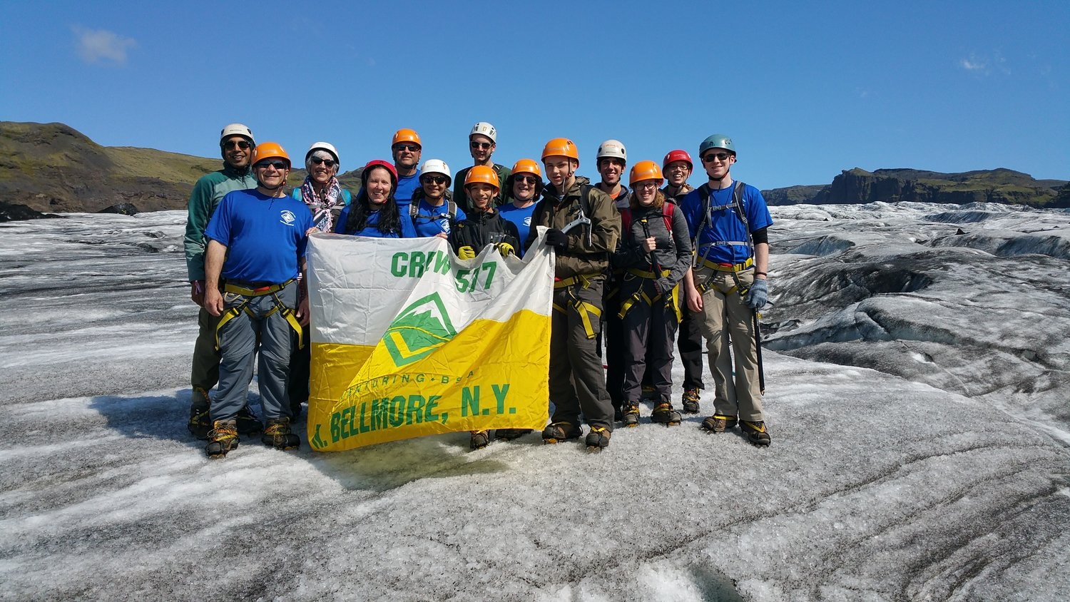 The group on Sòlheimajökull Glacier.