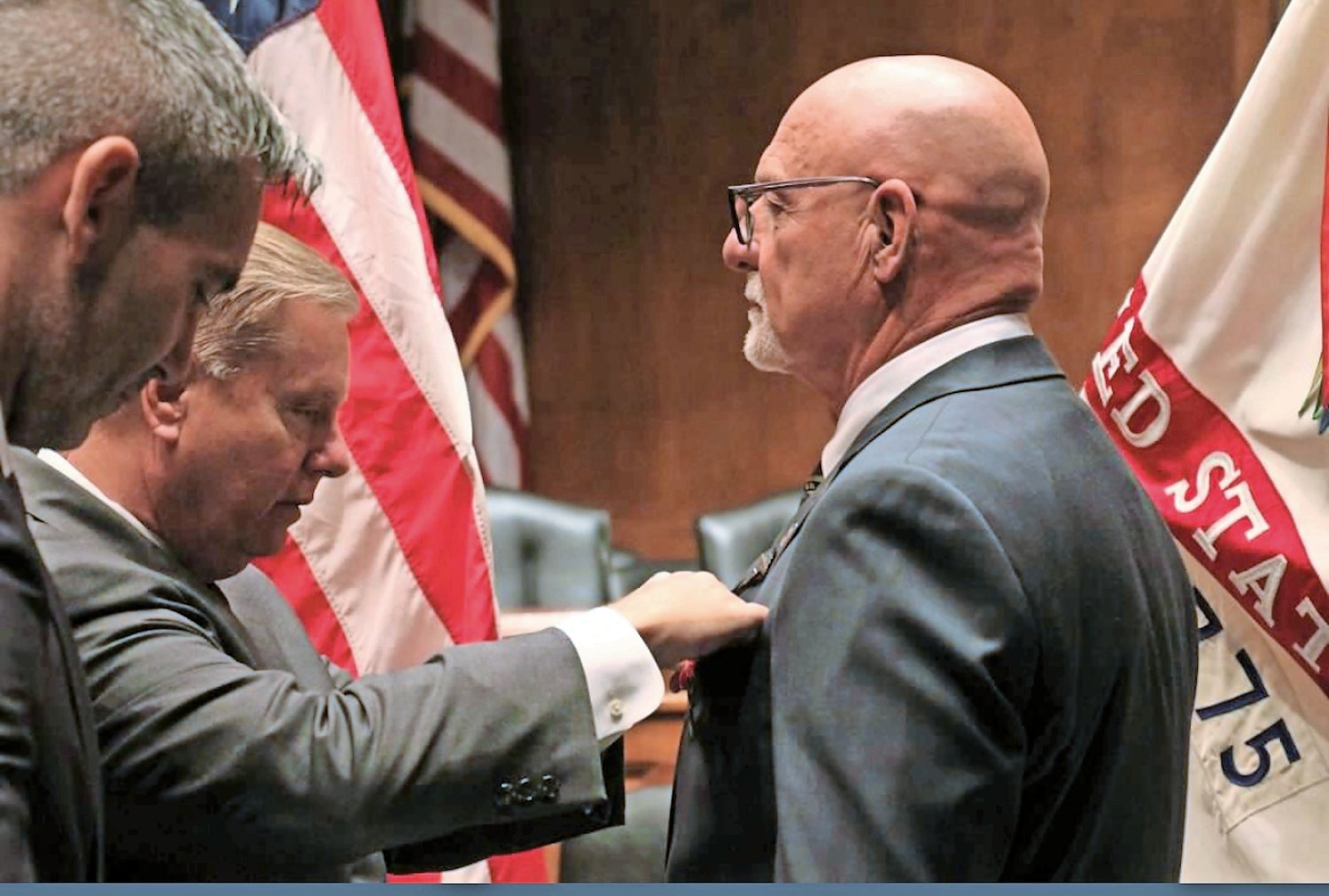 Jantz received the Bronze Star Medal from Sen. Lindsey Graham of South Carolina.