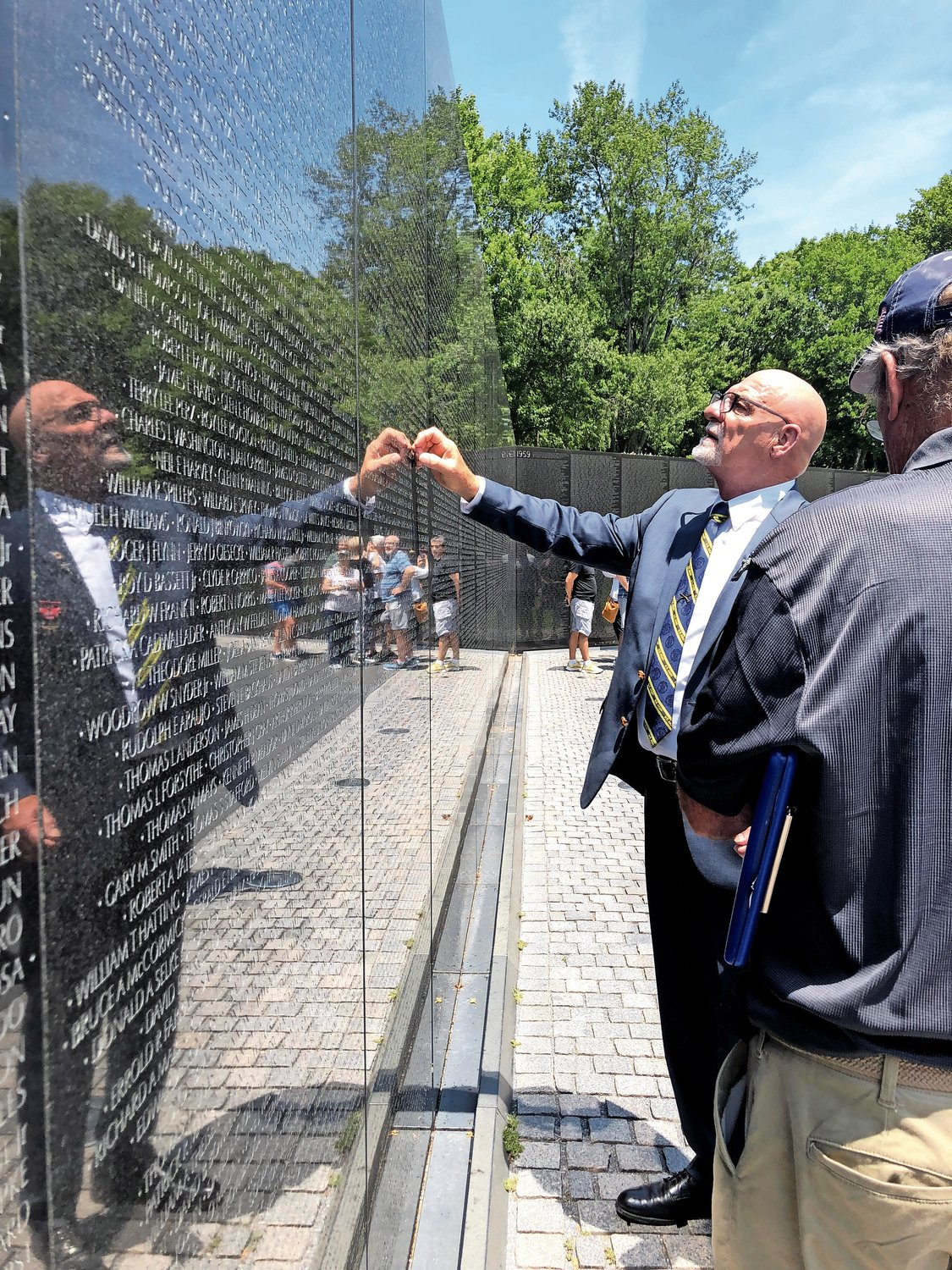 During his trip to Washington D.C., Jantz visited the Vietnam Veterans Memorial. He found the name of his comrade Lynwood Thornton, who was killed in action the night Jantz saved his platoon. Jantz was ordered to leave Thornton's body on the battlefield, but refused.