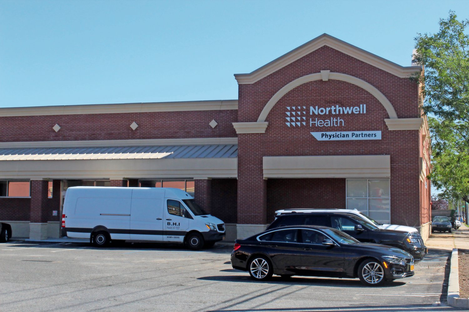 A new multi-specialty health care facility commissioned by Northwell Health will open in Merrick on Sept. 16.