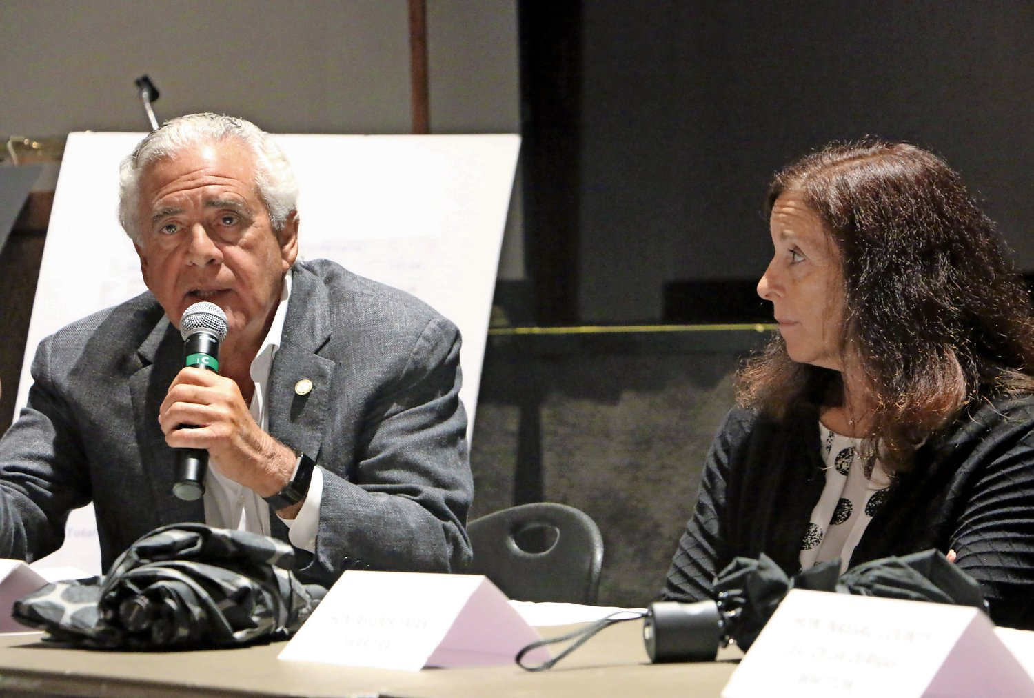 Sea Cliff Mayor Ed Lieberman, left, and Adrienne Esposito, executive director of Citizens Campaign for the Environment, said residents should use their collective voice to oust NYAW.