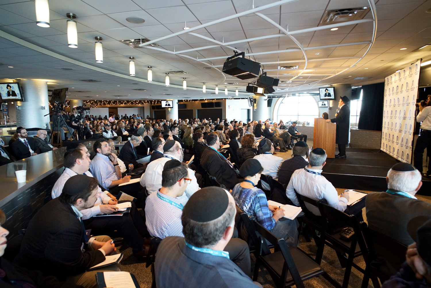 Rabbi Moishe Weinberger presented a lecture at the Orthodox Union's Torah New York at Citi Field last year.