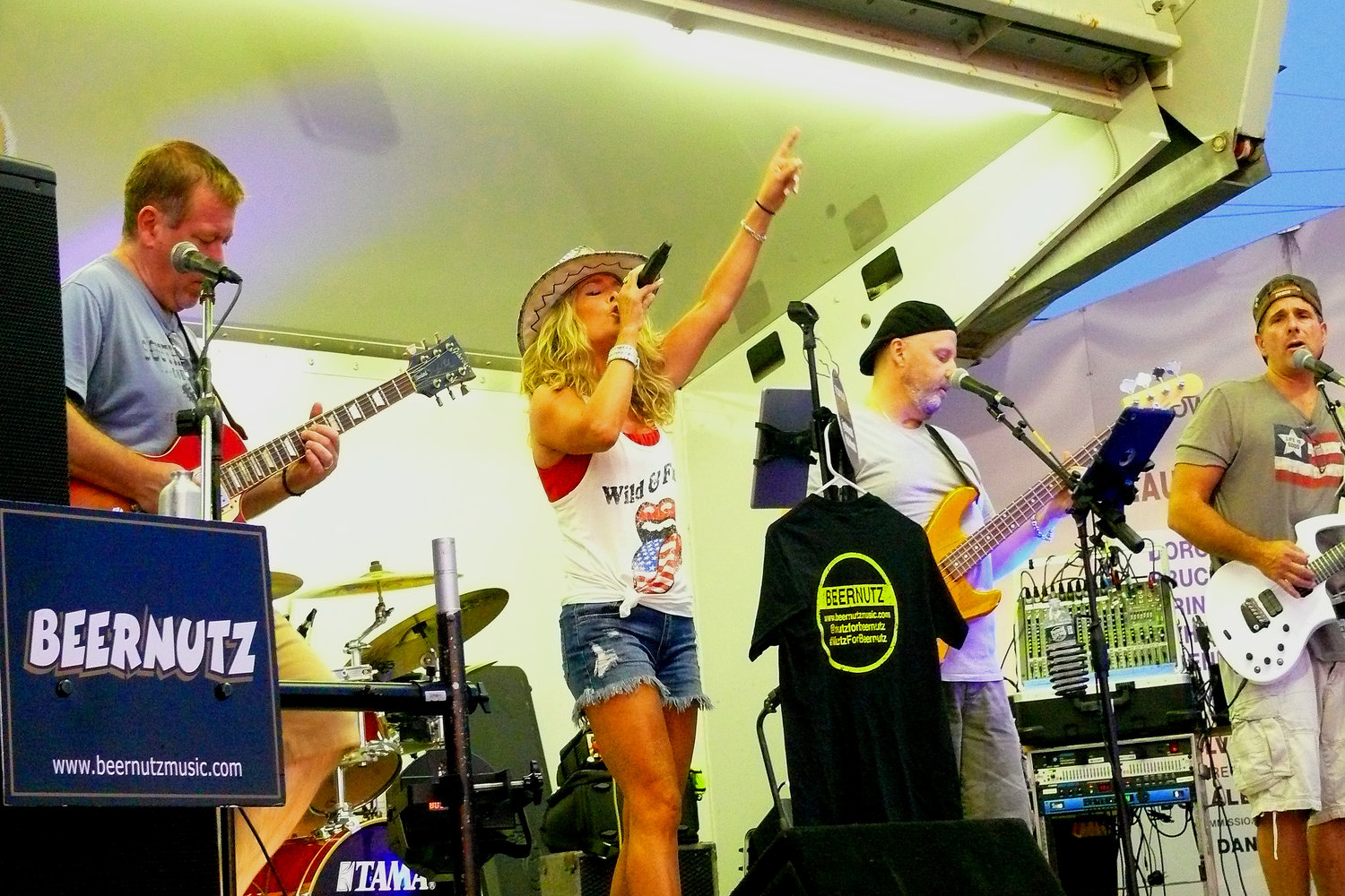 Classic rock cover band Beernutz hit the stage at Masone Beach for the final concert of the village's summer series on Aug. 31.