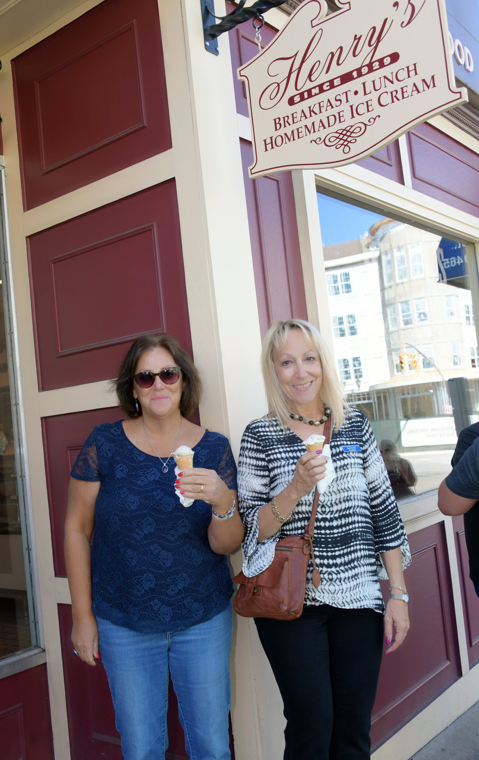 While Henry's is not a part of the Glen Cove Chamber of Commerce, Chamber members Maureen Hauser, left, and Lisa Cohn came out to support the business.