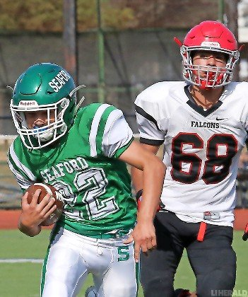Junior Jake Murphy, left, capped Seaford's runaway victory over Valley Stream South in Week 3 with a 28-yard touchdown run in the fourth quarter.