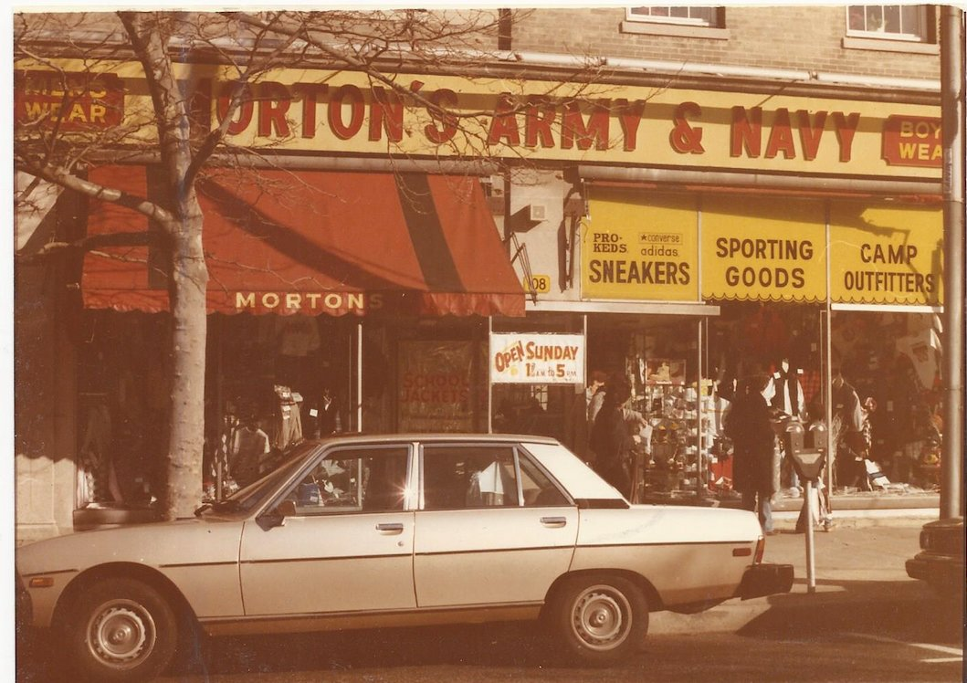 The original Morton's was on Cedarhurst Avenue from 1973 to 2005.