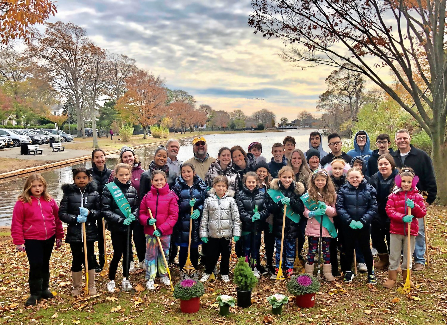 More than 20 of Merrick's youth gathered at Cammanns Pond Park on Nov. 10 for some fall cleaning.