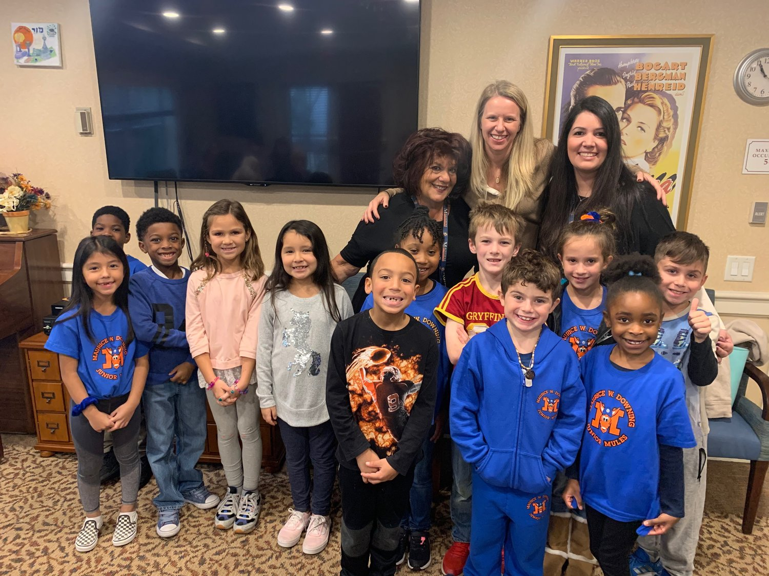 Student Council members visited with residents in Lynbrook.