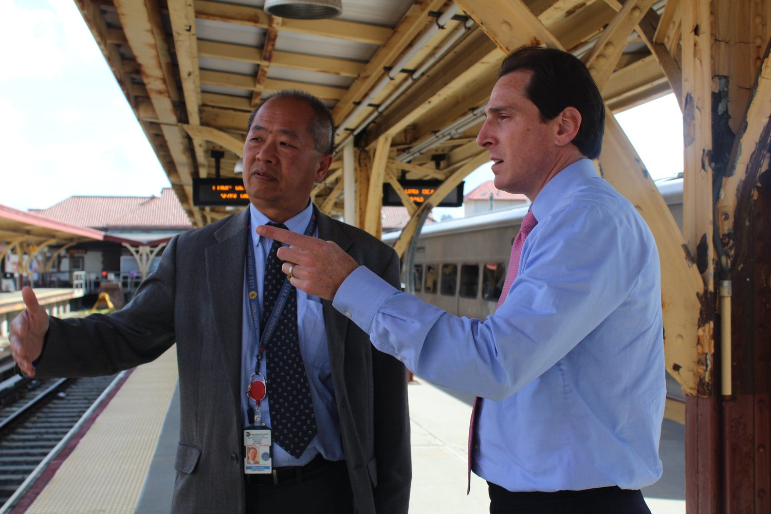 LIRR President Phillip Eng, left, and State Sen. Todd Kaminsky discussed possible improvements for the Long Beach LIRR station on Sept. 13.