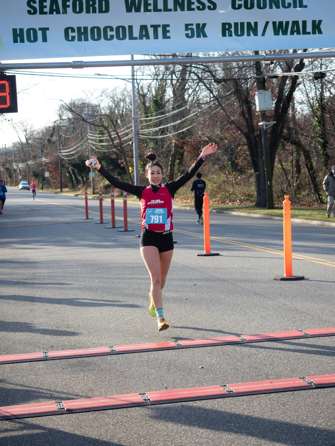Maria Marascia, 28, of Huntington, was the top female and ninth overall finisher with a time of 19:10.