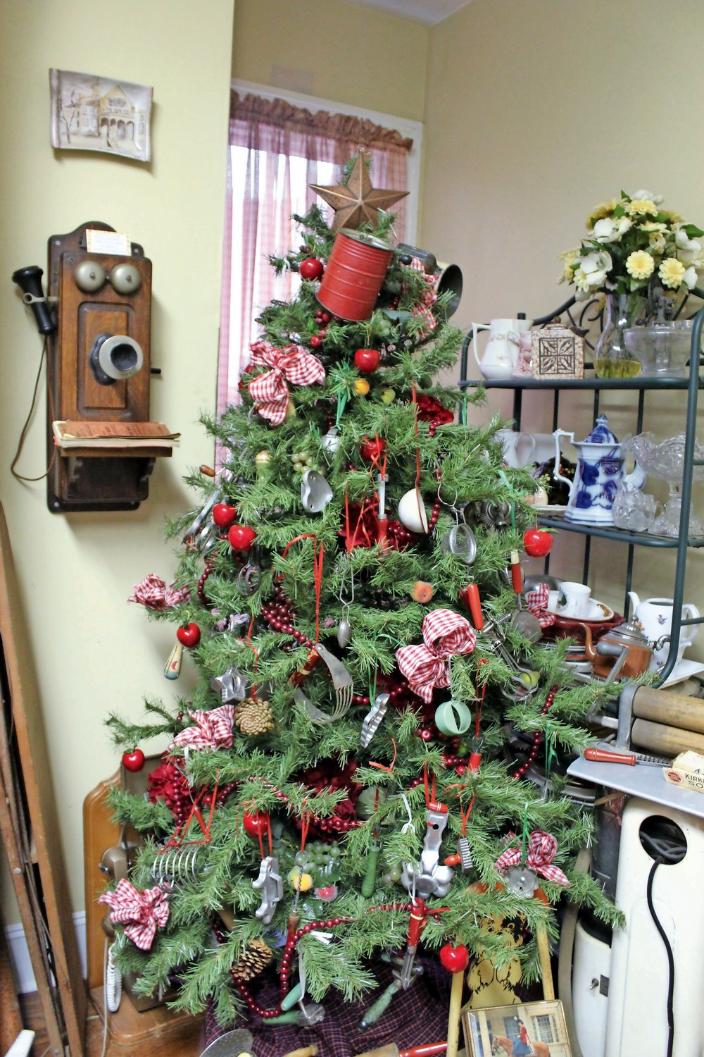 Oceanside 2021 Christmas Tree Removal Historic Holiday Decor In The Village Of Rockville Centre Herald Community Newspapers Www Liherald Com