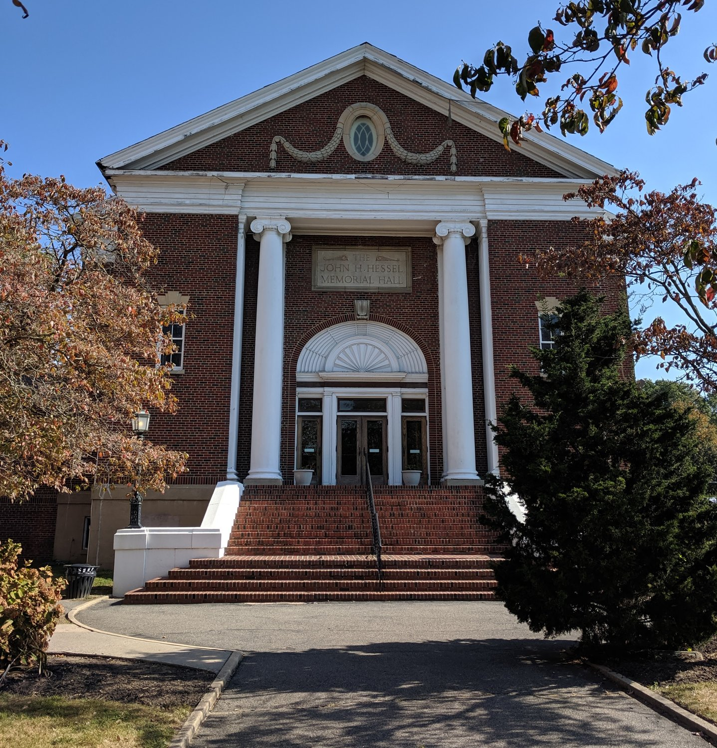 LWA plans to rename Hessel Hall the Barbra Barth Feldman Performing Arts Center in honor of the former head of school.