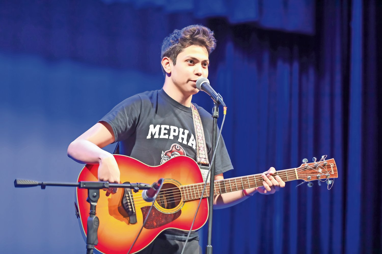 During the talent portion of the pageant, contestant Angel Toro played the guitar.