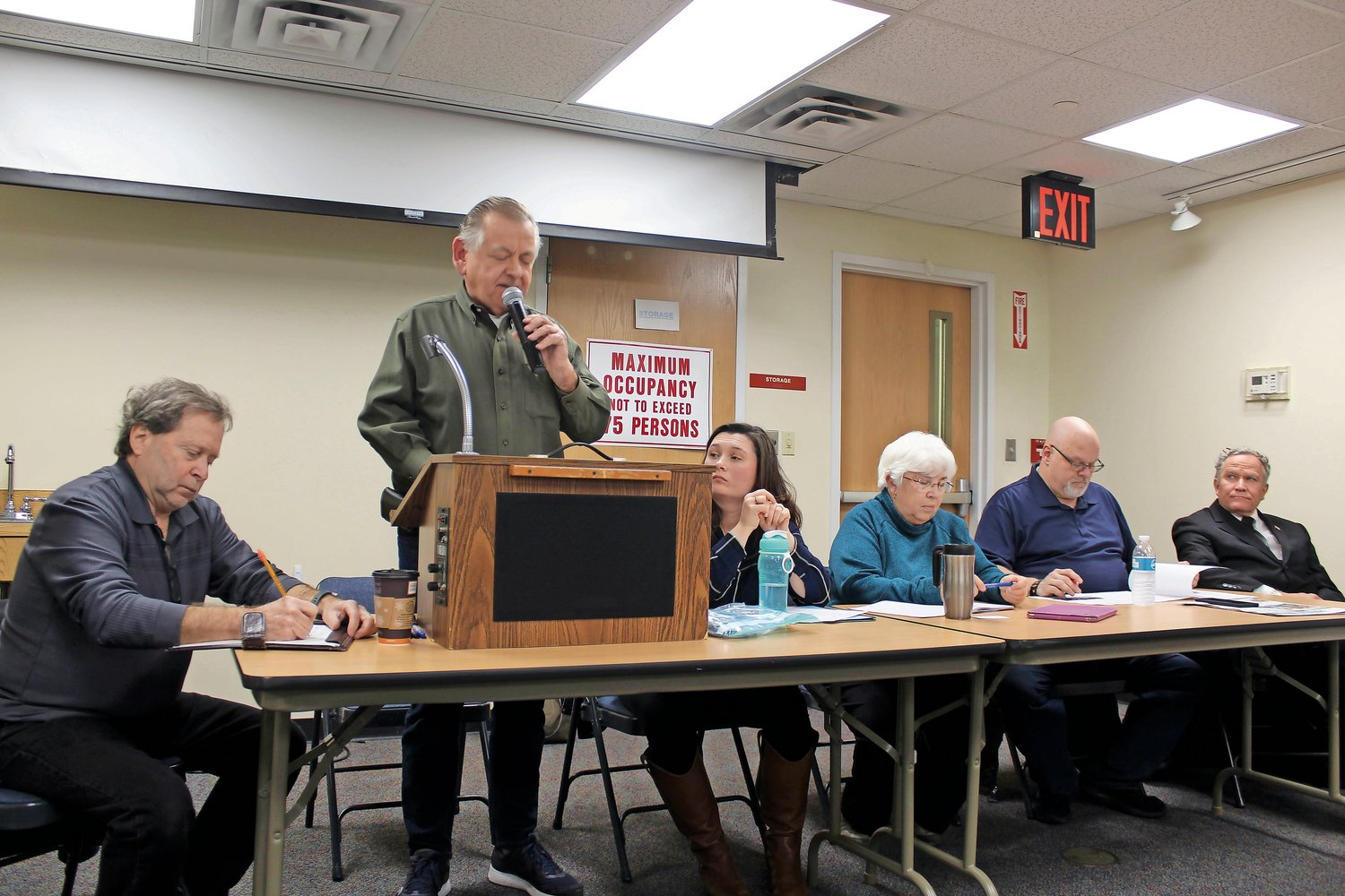 Bill Youngfert, second from left, led the meeting with, from left, Frank Culmone, Katherine Tarascio, Nancy Youngfert, Carl Gerrato and Joseph Camolli.