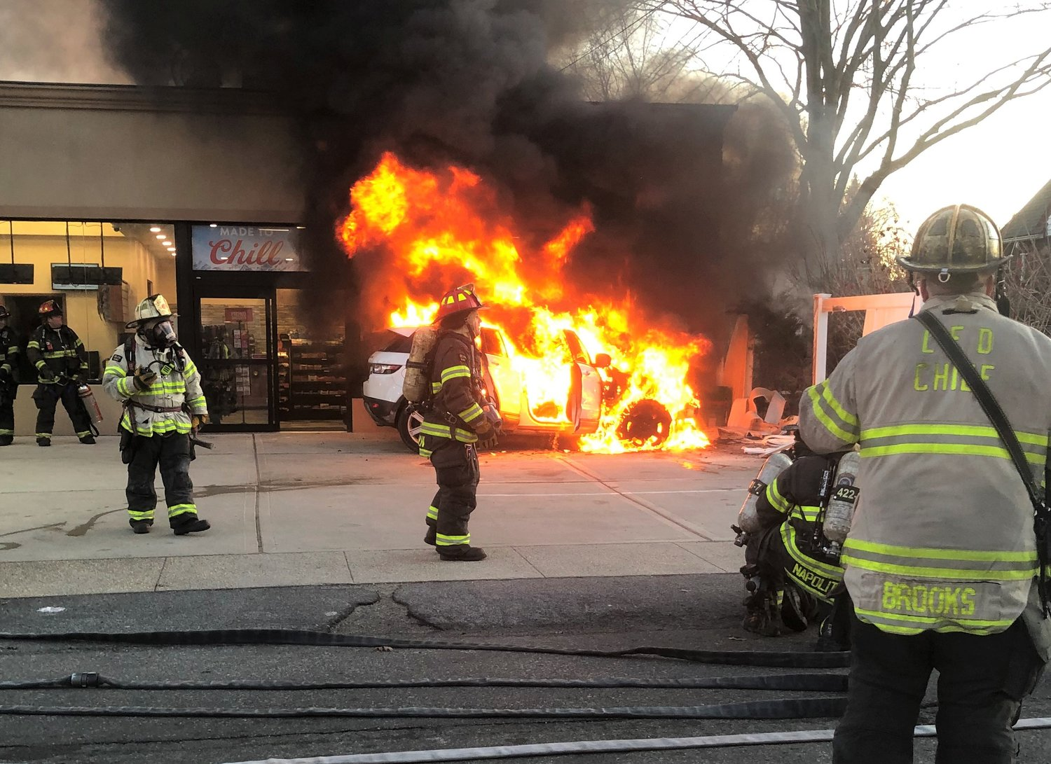 Lynbrook firefighters extinguished a car fire at a gas station on the corner of Lakeview and Ocean avenues on Monday.