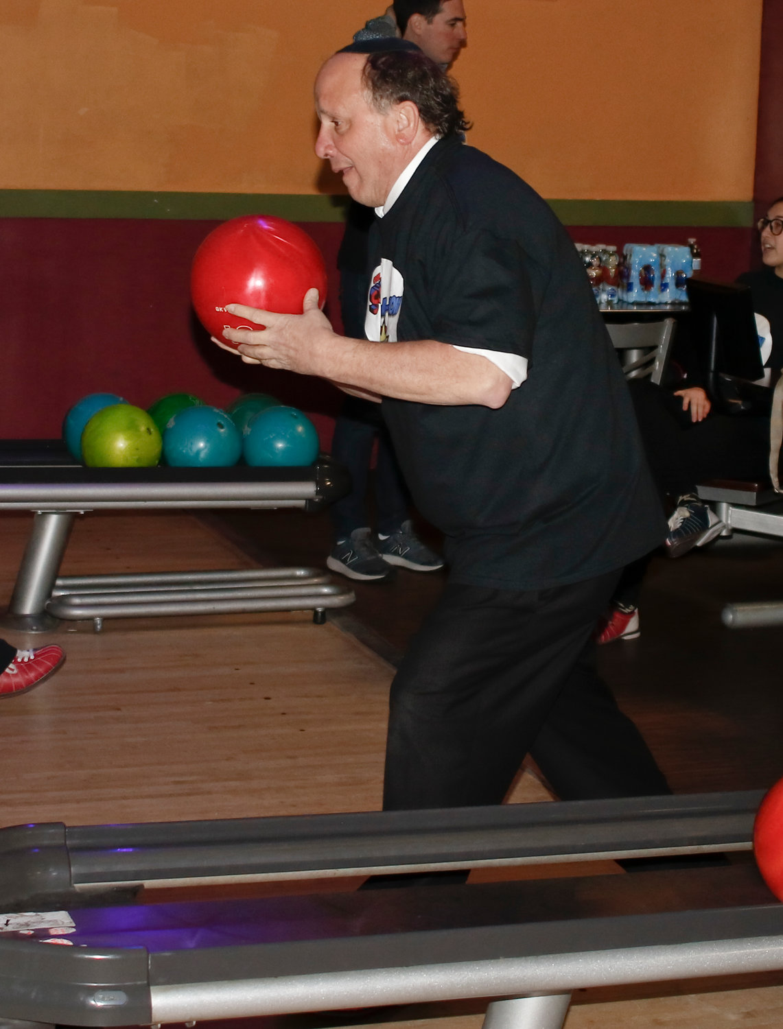 Rabbi Howard Diamond bowled a spare on his first turn up.