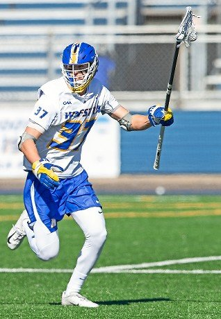 Senior Eric Wenz, a Wantagh native, is a four-year member of Hofstra's defense.