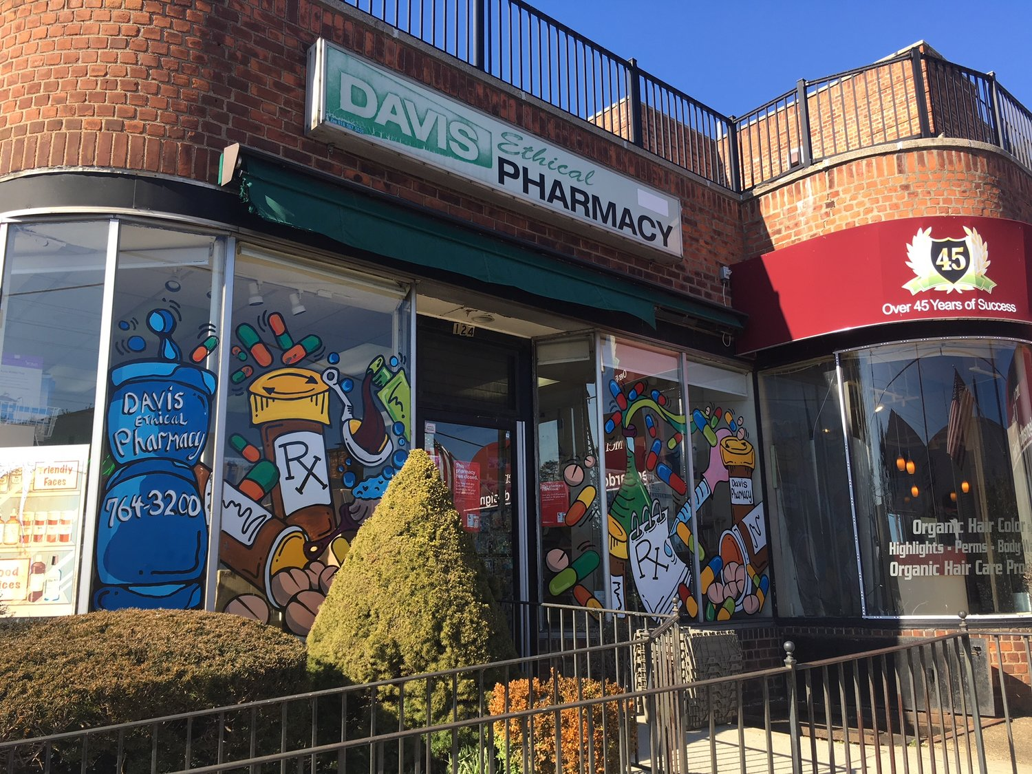 Davis Pharmacy Goes Out Of Business After 80 Plus Years In