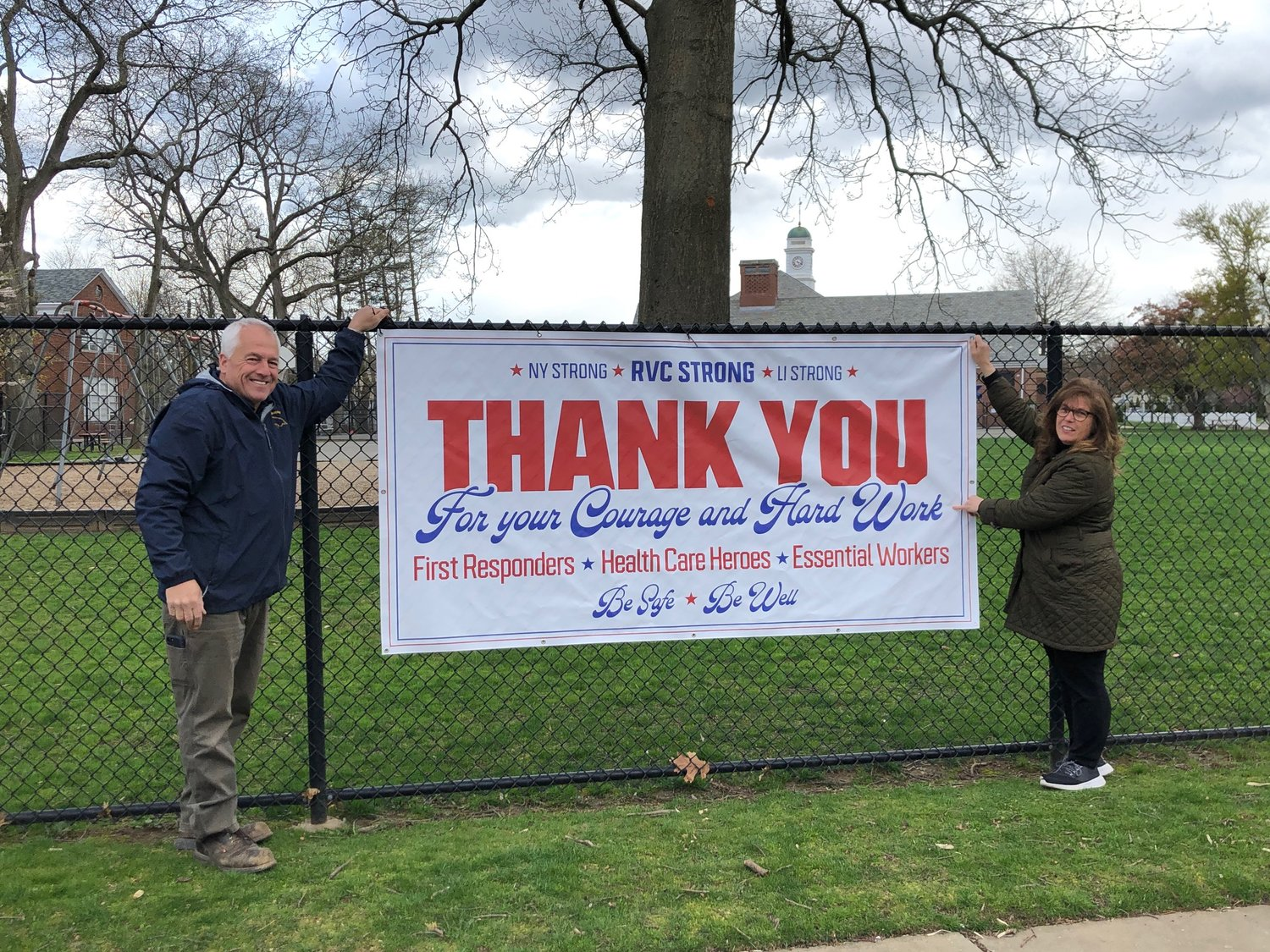 Signs Banners Show Gratitude For Heroes In Rockville Centre Herald Community Newspapers Www Liherald Com