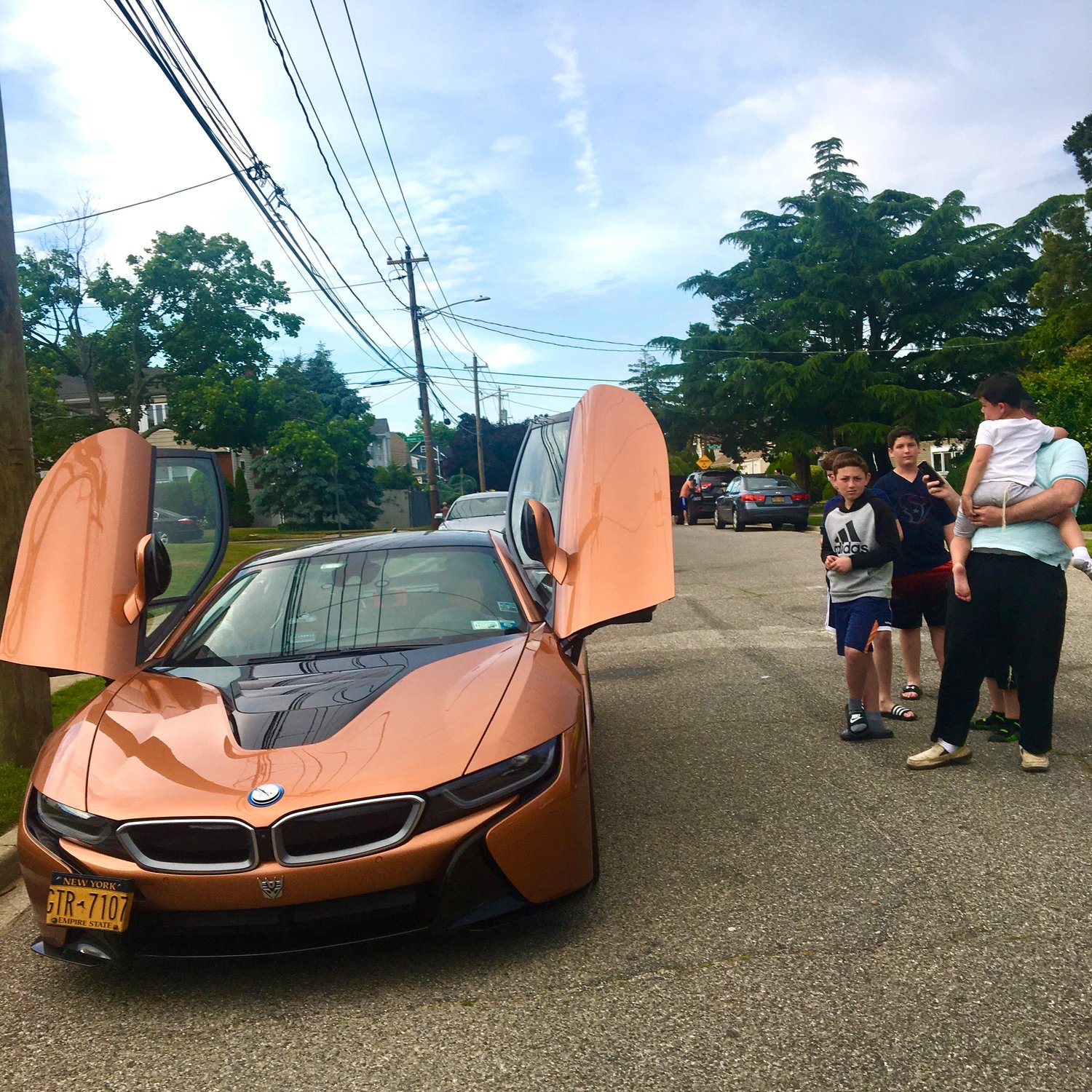 Jeremy and his brothers marveled at the BMW i8.