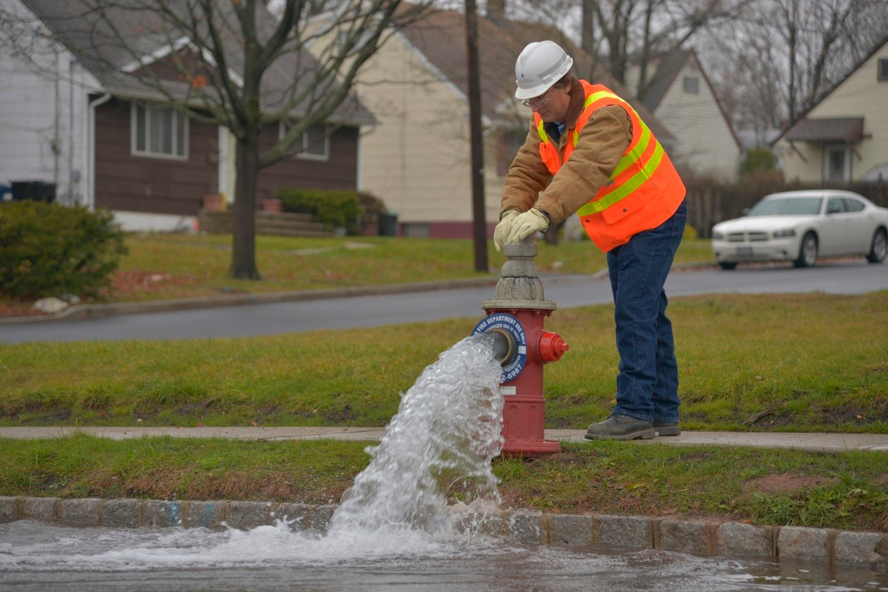 New York American Water is replacing a water main, fire hydrants and service lines in Woodmere for the next four weeks.