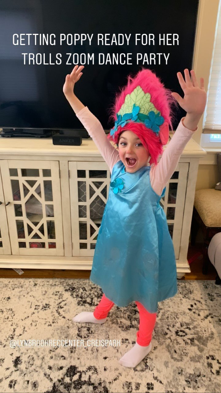 Mariella Fabiani went all out for the Trolls Zoom Party.