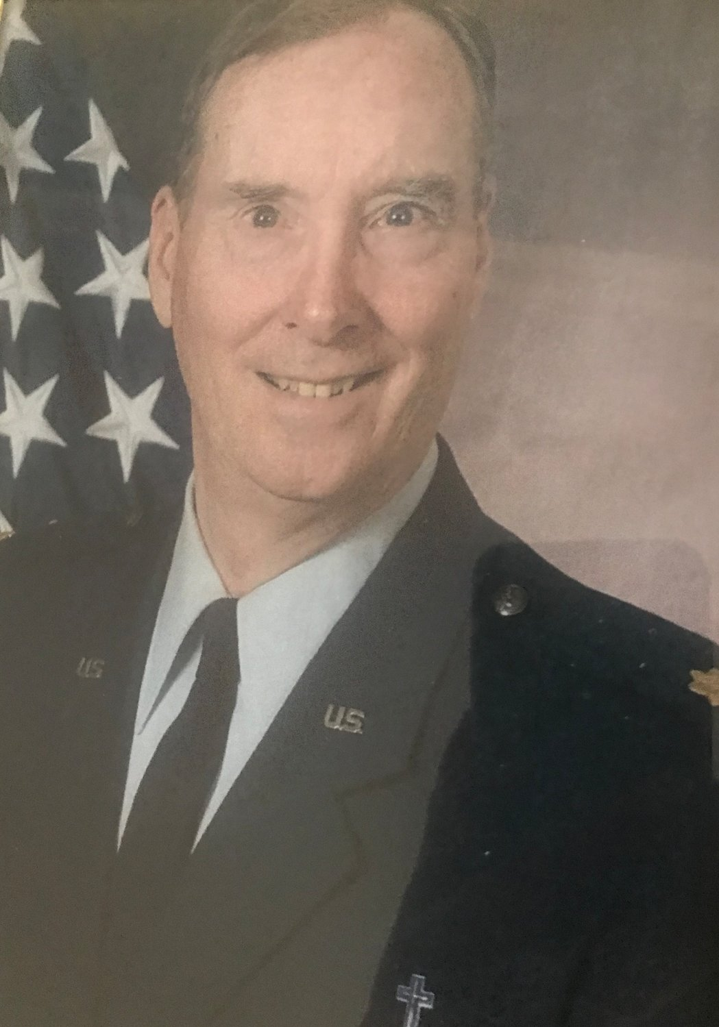 Hirten also served in the United States Air Force. Before his death, he served as chaplain at the Sheppard Air Force Base in Texas.